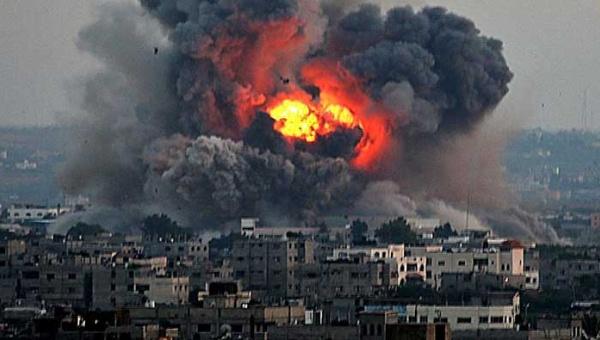 Bombardeos israelíes sobre las poblaciones de Gaza.